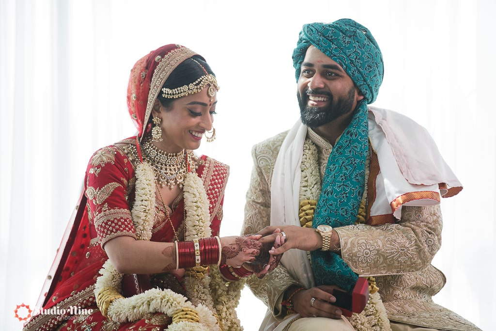 574 0284 1 - Indian Weddings