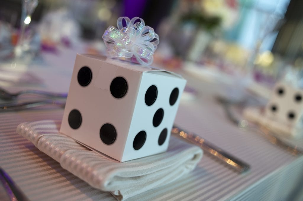 Dice Candy Favors 1024x681 - Details and Decoration