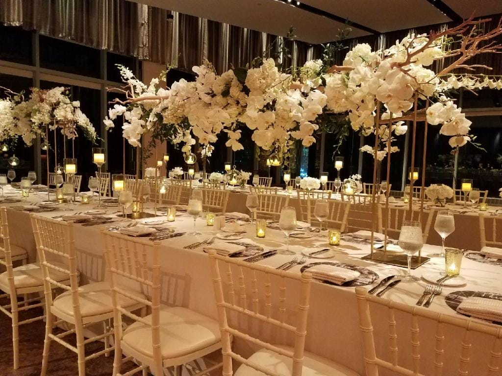 Long table High Centerpieces - Details and Decoration