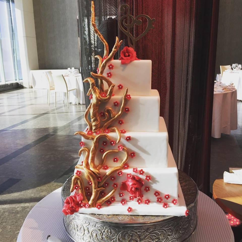 Cake 16 - Wedding Cake