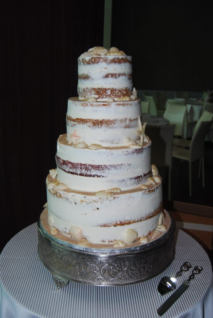 DSC 0009 2 685x1024 - Wedding Cake