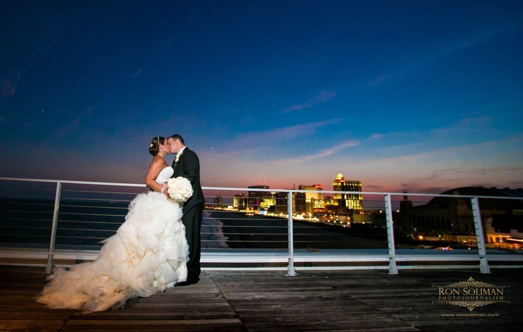 A J140 2 1024x650 - Couples & Bridal Parties