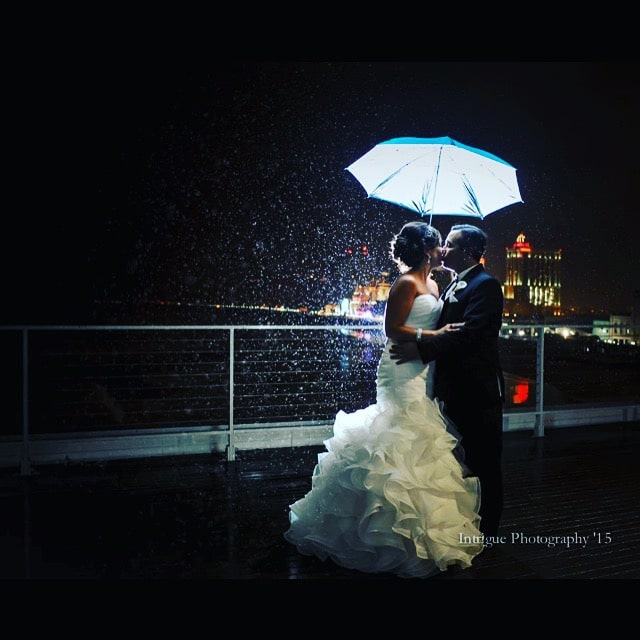 Michelle Madden   Tom Schlegel 10 2 15 Couple in the rain - Couples & Bridal Parties