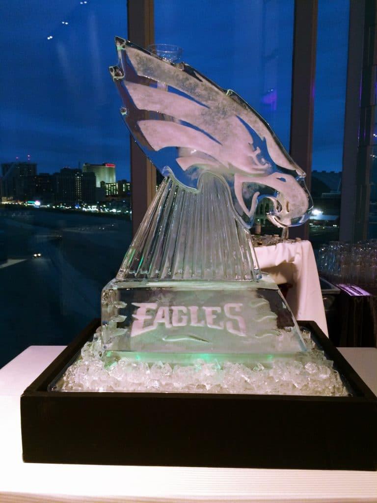 eagles ice sculpture 768x1024 - Details