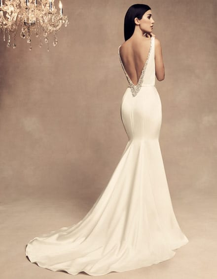 Hourglass Type Style 4801 - The Perfect Wedding Dress for Your Body